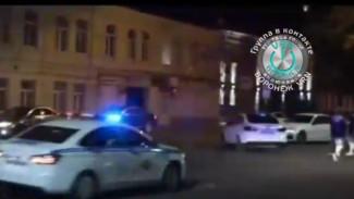 В Воронеже полиция устроила погоню за дрифтующим у ВГУ водителем