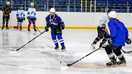 В Нововоронеже стартовала подготовка женской юниорской сборной по хоккею