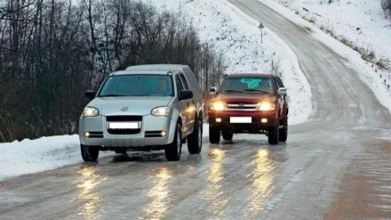 Воронежских автомобилистов предупредили о мокром снеге и гололедице
