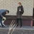 В Воронеже подростки распылили перцовый баллончик в лицо гулявшей с ребёнком женщине