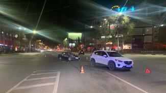 В Воронеже в ночном ДТП на опасном перекрёстке пострадали две девушки