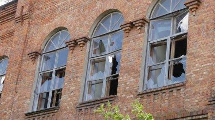 Власти Воронежа попробуют защитить от вандалов здание Чижовских казарм