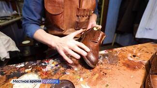 «Очень редкая профессия». Как воронежец превратил уход за обувью в бизнес