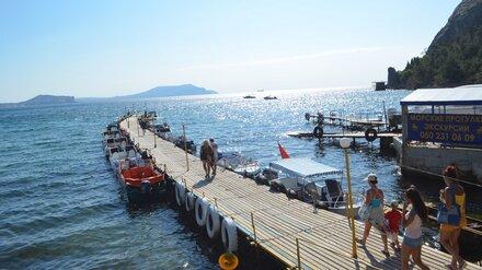 В Крыму в преддверии курортного сезона начали проверять на коронавирус морскую воду