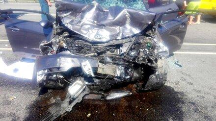 В аварии на М-4 «Дон» в Воронежской области пострадали 4 человека