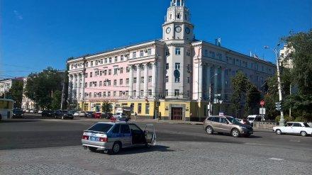 Мэрия Воронежа начала поиск мастера для ухода за главными городскими часами