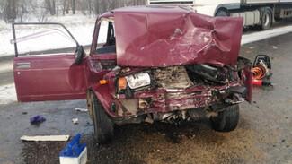 Водитель «семёрки» погибла в ДТП с кроссовером на трассе М-4 «Дон» в Воронежской области