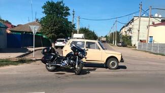 В Воронежской области два человека пострадали в ДТП с мотоциклом и «Нивой»