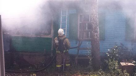 Сельчанка получила ожоги при пожаре в частном доме в Воронежской области