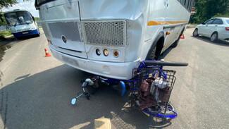 Появились подробности ДТП со сбившей велосипедиста маршруткой в Воронеже