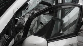 В Нововоронеже в аварии с двумя автомобилями погиб пассажир