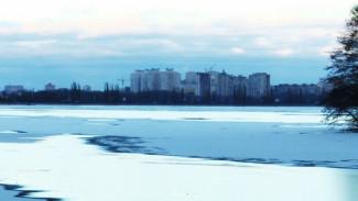 Спасатели предупредили об опасных промоинах на Воронежском водохранилище