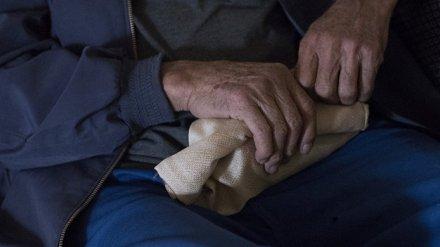 В Воронежской области старик отсудил у внука присвоенные им похоронные деньги