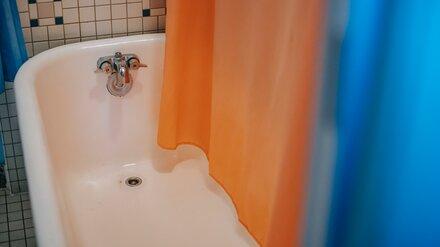 Жильцы воронежской 12-этажки пожаловались на годовое отсутствие горячей воды