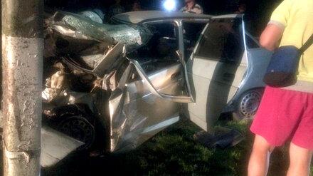 Появились фото ДТП, в котором разбилась компания молодёжи из Воронежской области