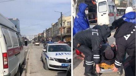 В центре Воронежа спасли мужчину, у которого за рулём случился инсульт
