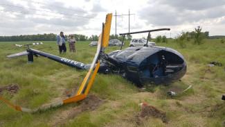 Появились фото и видео с места жёсткой посадки вертолёта под Воронежем