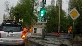Воронежцы возмутились проведённым в ливень дорожным ремонтом