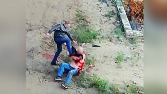 В Воронеже поймали мужчину, зарезавшего соперника на глазах жителей трёх домов