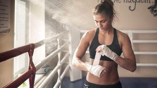 Бой воронежской спортсменки за звание чемпионки мира по боксу перенесли из-за COVID