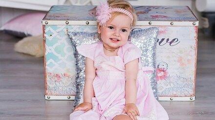 Спасённая самым дорогим в мире уколом воронежская малышка пойдёт в детсад