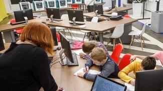 Сотни воронежских школ, детсадов и колледжей получили деньги по заявкам депутатов облдумы