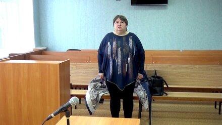 В Воронеже мать избежала колонии за попытки утопить и напоить сына мочой