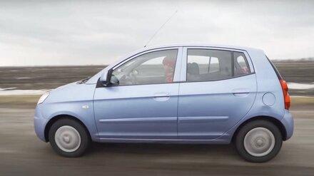 Популярный автоблогер подарил иномарку попавшему в жуткое ДТП воронежцу