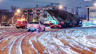 Из Воронежа в Жуковский на автопоезде отправили 24-метровый корпус Ил-112В