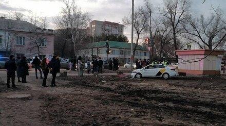 Насмерть сбившего женщину пьяного таксиста арестовали в Воронеже