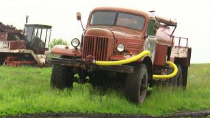 Под Воронежем энтузиасты восстановили советскую пожарную машину