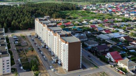 В Воронежской области мать двоих детей выпала с 9 этажа