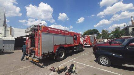 Следователи установили личность погибшего на пожаре в автосалоне воронежца