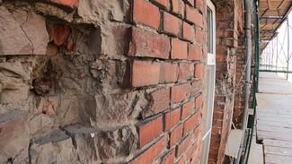 Найденные снаряды времён войны оставят в стене воронежского дома