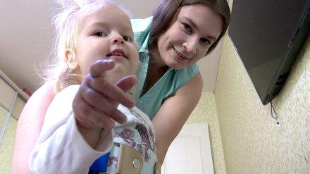 Чудом спасённую перед Новым годом воронежскую малышку со СМА положили в больницу