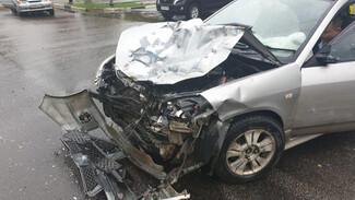 В Воронеже водитель иномарки спровоцировал ДТП и сбежал