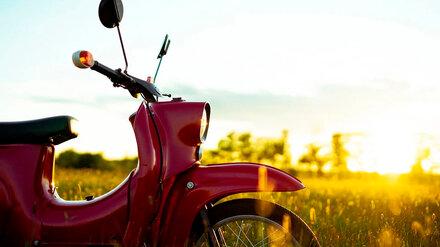 Двое подростков на мотоцикле пострадали в ДТП на перекрёстке в Воронежской области