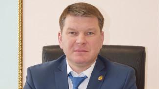 Свидетелем покушения на убийство главы района под Воронежем стал его отец