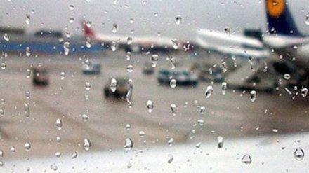 В воронежском аэропорту самолёт выкатился за пределы взлётно-посадочной полосы