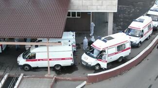 «Мы пытались помочь всем». Воронежцам рассказали о работе фельдшеров в пик пандемии