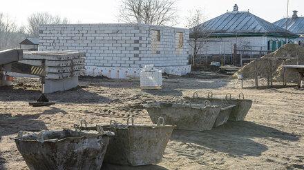 Дома для погорельцев из воронежского села построят к марту 2021 года