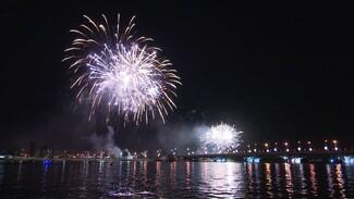 Воронежские власти запланировали салют в День города вопреки коронавирусу