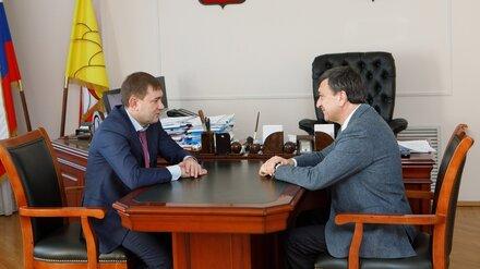 В Воронежской области до конца года обновят более 300 км дорог