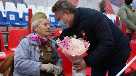 Воевавшая за Воронеж «железная бабушка» поздравила горожан с Днём Победы