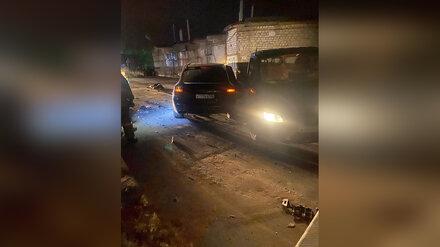 Воронежцы сообщили о влетевшем в эвакуатор Porsche