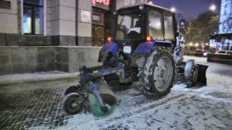 Уборку Воронежа от снега мэр Воронежа контролировал и днём, и ночью