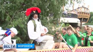 Воронежцы впервые наблюдали за «Петровской регатой» на лодках-драконах