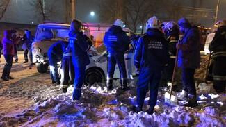 В Воронеже в ДТП с УАЗом пострадал водитель «Яндекс. Такси»