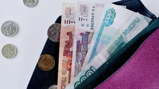 В Воронеже девушка лишилась крупной суммы при заказе мебели