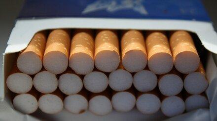 Курильщиков предупредили о повышенном риске заражения ковидом